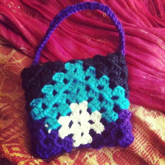 mini-borsetta all'uncinetto