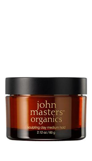 John Masters Organics Matująca glinka do stylizacji włosów Przywraca włosom odpowiedni poziom wilgoci, oczyszcza je, stylizuje, pomaga nadać fryzurze wymarzony kształt.  Chroni przed uszkodzeniami spowodowanymi działaniem wysokiej temperatury (suszarki, prostownice). Delikatnie matuje włosy, nadaje im miękkość i dodaje objętości. Zapewnia efekt średniego utrwalenia. www.joberry.pl