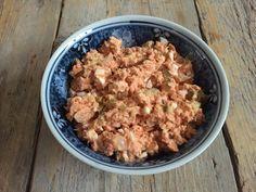Zalmsalade zelf maken? Dat is in een handomdraai gebeurd, kijk maar naar dit zalmsalade recept. Eenvoudig maar o zo lekker.