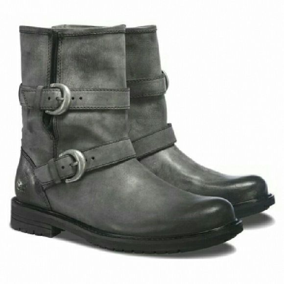 """Caterpillar Casual Hi Realist Boots Steel toe boots by the durable brand Caterpillar. This is a casual boot for women in the make """"Realist"""". Caterpillar   Shoes Ankle Boots & Booties"""