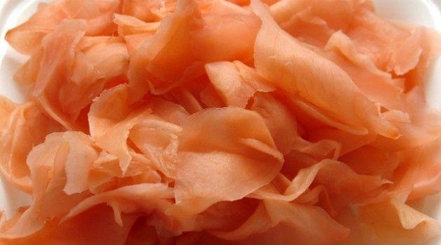 gengibre-em-conserva Ingredientes:  400 g de gengibre em fatias 1/2 xícara (chá) de açúcar 1 xícara (chá) de vinagre branco 3 colher (chá) de sal