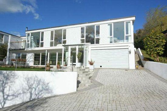 On the market: 1970s four-bedroom modernist property in Stoke Gabriel, Devon on http://www.wowhaus.co.uk