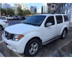 Nissan Pathfinder 2007 for Sale in Abu Dhabi