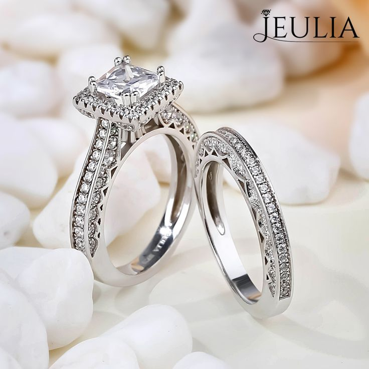 Affordable Princess Cut Wedding Ring Set ❤️ Premium Grade Jewelry. Anniversary Jewelry for Her. Bridal Shower Game ❤️ Wedding Dress❤️Jeulia Halo Princess Cut Created White Sapphire Wedding Set 2.05 CT #JeuliaJewelry #Springoutfits #Weddingdress #Bridalshowergames