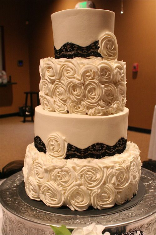 rosette wedding cake by Creative Cakery