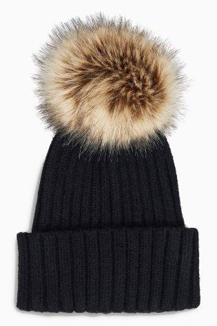 Wooly hat season is BACK and we're definitely going to be rocking this this winter!