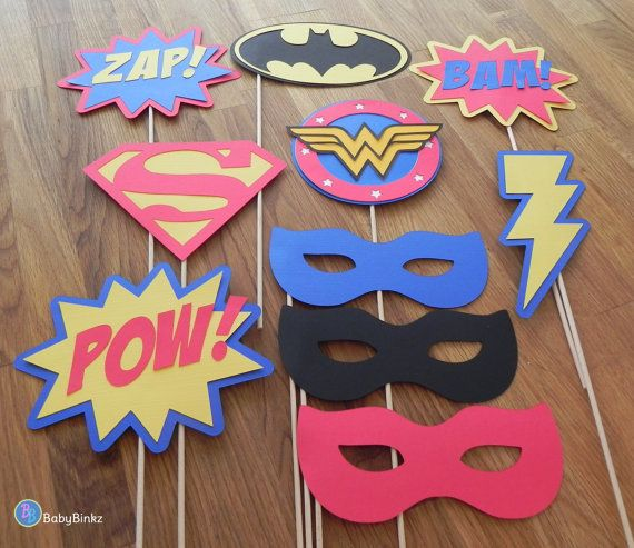 Photo Props: The Justice League Super Hero Set (10 Pieces) - party wedding birthday mask wonder woman superman batman