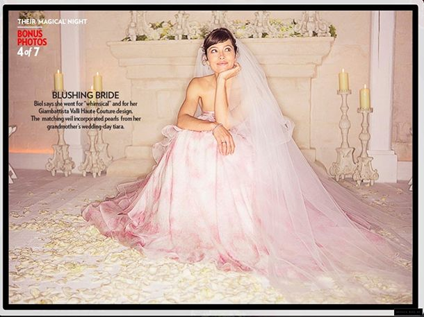 Jessica Biel in tiered pink chiffon by Giambattista Valli