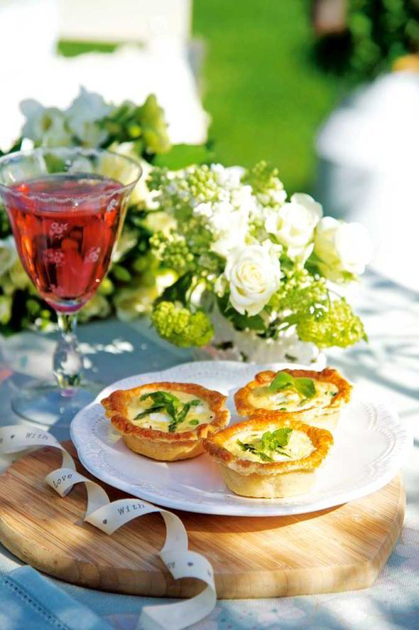 homemade, wedding, canapé, recipe, guest, Victoria Gray