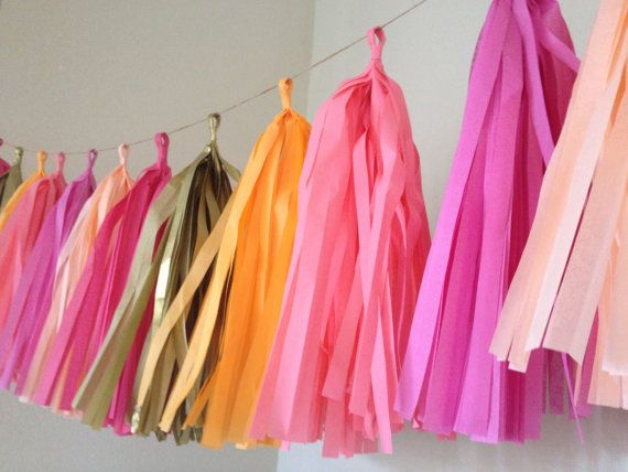 Summer Sorbet ... tissue paper tassel garland // door PomLove, $30.00