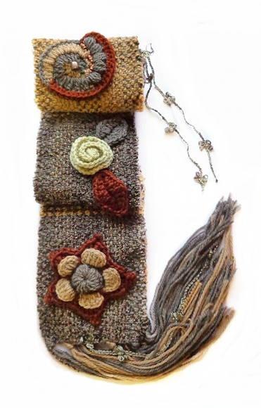 Fofinho, original, único, feito todinho a mão em tear manual com gracinhas em crochê