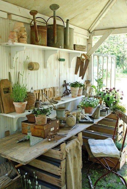 shabby chic potting table | Via Andrea Michele Whitlock