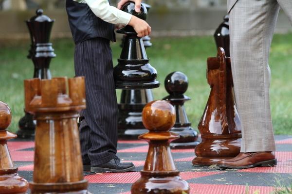 gatsby wedding life size chess lawn games my gatsby