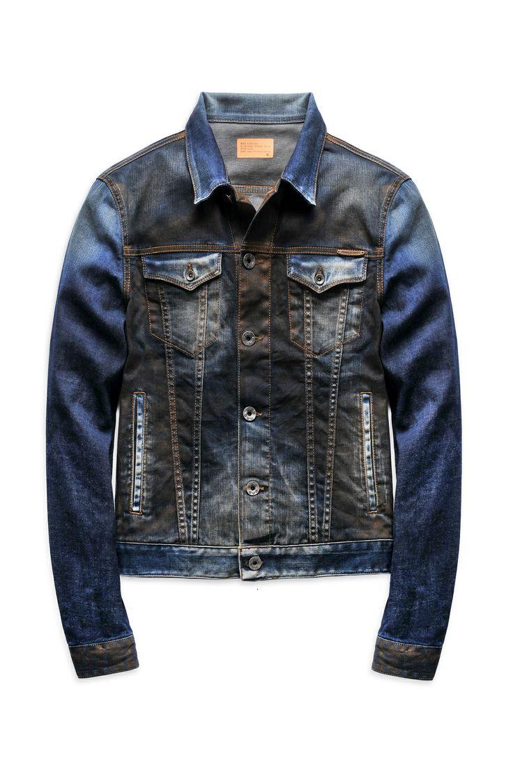 Sportswear fuori registro #Pitti http://foto.ilsole24ore.com/Moda/Stili-Tendenze/2014/pitti-sportswear/pitti-sportswear_fotogallery.php