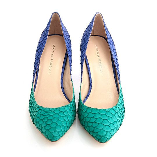 Gorgeous two-tone shoes. These are perfect for autumn to add to neutral outfits - great pop of colour.