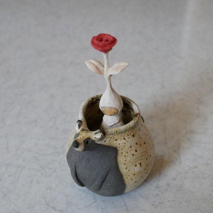 一輪挿し    #mokko_kumakichi #木工くま吉 #woodcarving #木彫り #木彫 #handmade #ハンドメイド  #figure #doll #rose #umeshiso工房
