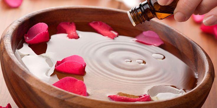 Agora que você já conhece um pouco sobre as bases da aromaterapia então, que tal conhecer os principais óleos essenciais e seus respectivos efeitos? Vamos lá?