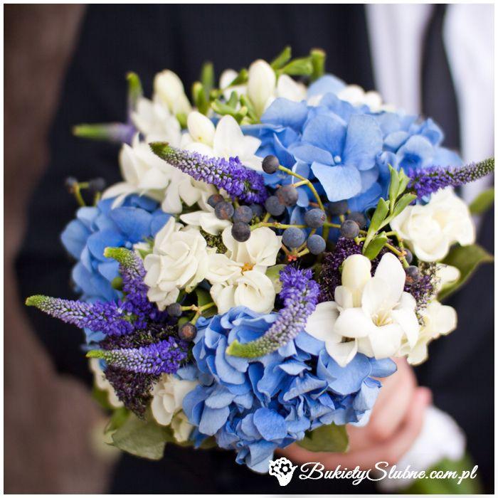 Bukiet ślubny - hortensje, frezje, kwiaty polne