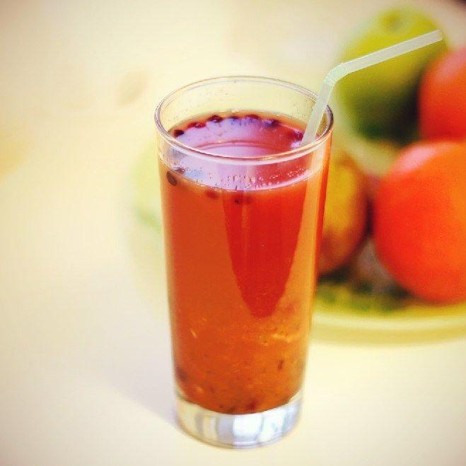Безалкогольный апельсиново-клюквенный пунш