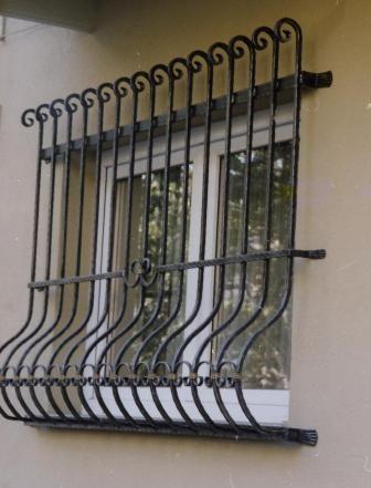 jasa pembuatan tralis jendela minimalis hub .0812-9841-1034 untuk bikin teralis besi stainless modern dengan harga murah di jakarta