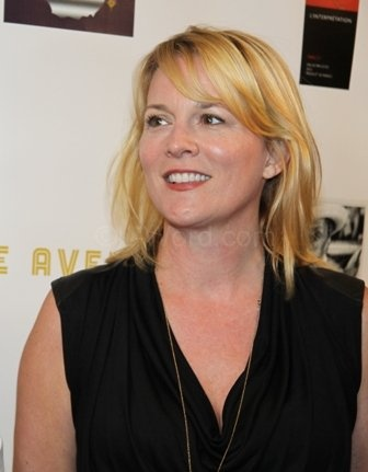 Laurel Holloman                                     Being there for a special friend