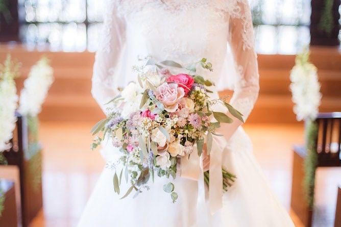 ハナユメ ハナユメ割の条件は 100万円以上もお得に 実際に式を挙げた体験談 口コミ オトナ女子のための美容ログ フラワーガールドレス ウェディングドレス 結婚式 費用