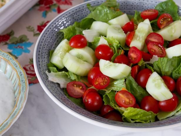 Mixed Green Salad with Roquefort Dressing - use onion powder instead of salt and just break apart cheese.