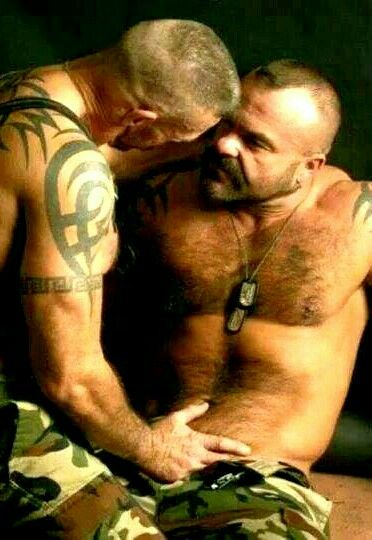 militar gay escort prostitutas