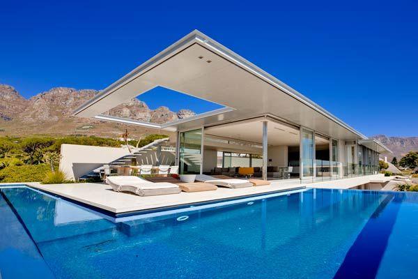 Beautiful Camps Bay Villa