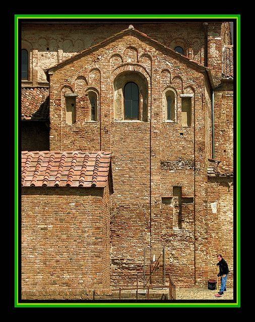 Romanesque | Church in Lomello, Italy