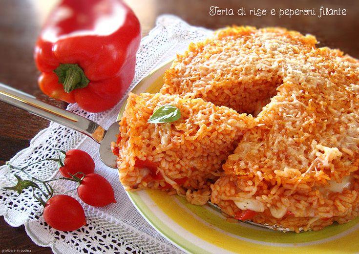 La Torta di riso e peperoni filante è ottima sia calda che fredda. Gustosissima, con un cuore filante e saporitissimo, grazie ai peperoni in essa ..........