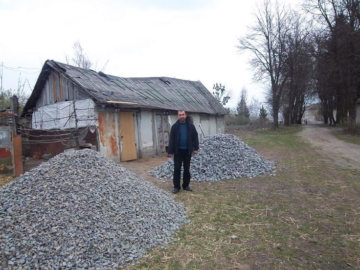 Helping pastor Sergey to build a barn for winter!