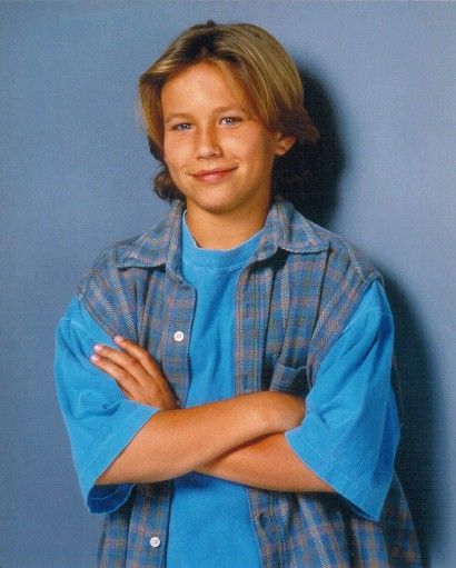 """It may not be """"tool time,"""" but it is a mini """"Home Improvement"""" reunion as cast members Jonathan Taylor Thomas & Tim Allen will soon appear together again on the set of Last Man Standing. US Weekly reports that, fifteen years after ending his run as Tim Allen's second-oldest son on the 1990s sitcom Home Improvement, Jonathan Taylor Thomas is reuniting with his former TV dad on Allen's new show, Last Man Standing. Although Jonathan's appearance was previously reported last month, the airdate…"""