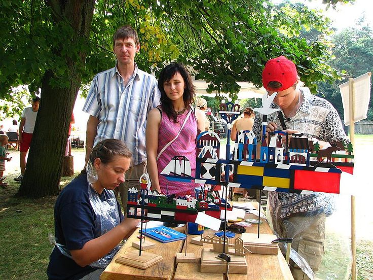 Learn how to make beautiful wooden traditional Weather vane in Lithuania by passionate professionals in Sveksna, Klaipeda region.