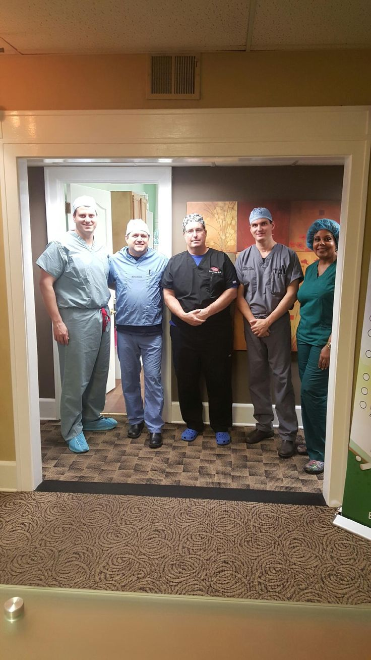 Young Medical Spa is pleased to welcome 4 physicians from across the  United States 🇺🇸 who have traveled far and wide to train with Dr. Young in his hands-on Awake Tumescent Liposuction Course! 🎓  #welcome #physicians #smartlipo #liposuction #physiciantraining