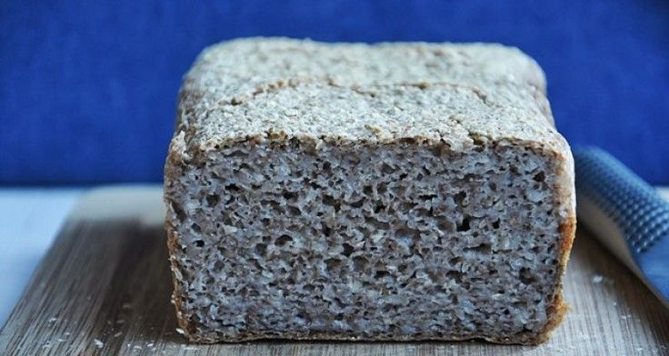Chleb z kaszy gryczanej (bez mąki i drożdży).