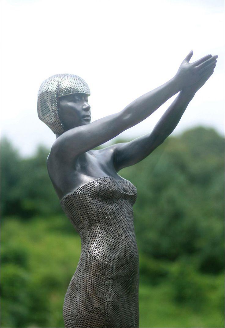 Korean sculptor Park Chan-girlSculptor Parks, Parks Channing Girls, Sculpture Ii, Parks Changirl, Keramisch Sculpturen, Channing Girls Sculpture
