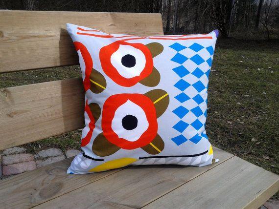 Pillow cover made from Marimekko fabric, pillow case, pillow sham, throw pillow cover, cushion cover, modern Scandinavian pillow