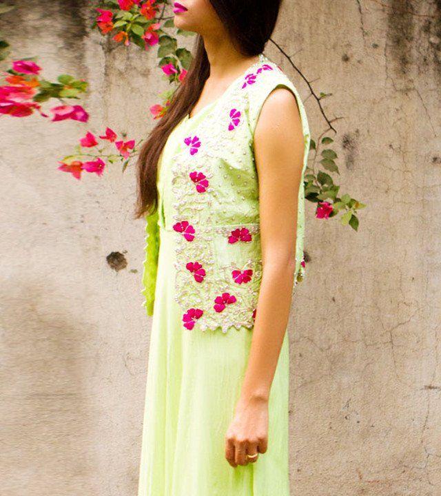 Green Flat Chiffon Thread Work Dress WIth Vest