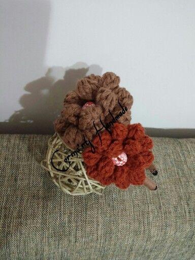 Sweet crochet flowers headband