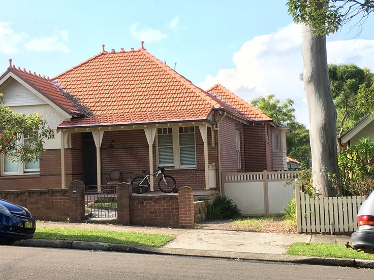 9 Turner Ave, Haberfield.  Extension pavilion style coming out to side.