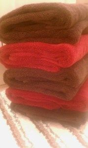 How to freshen towels with JUST baking soda!!