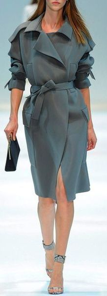 GUY LAROCHE Spring 2014 |= (WORKING 9 TO 5)