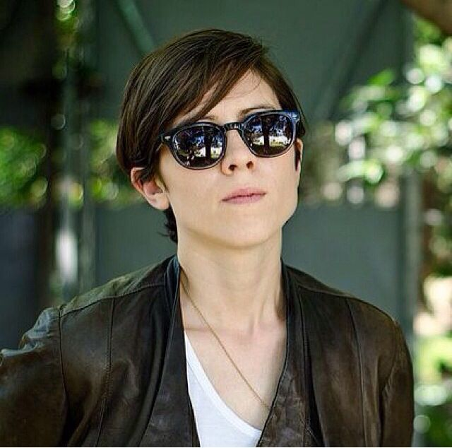 Tegan And Sara Haircuts: 17 Best Images About Tegan And Sara On Pinterest