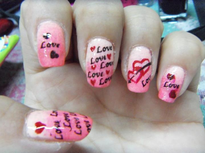 Foto de uñas para san valentin de Alicia Castillo (Facebook)