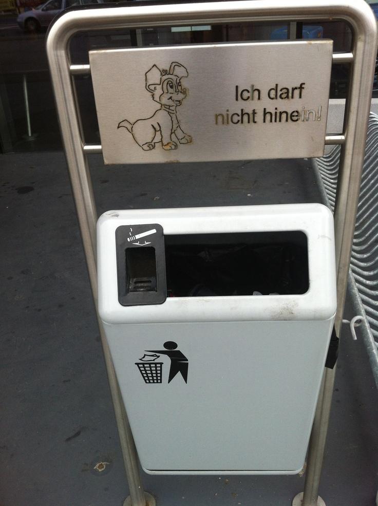 Guter Hinweis. (Found in Vöcklabruck.)