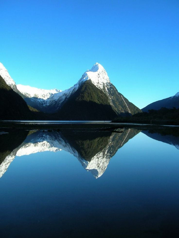 I have everything crossed that the weather is like this when we're there next month! (Milford Sound, NZ)