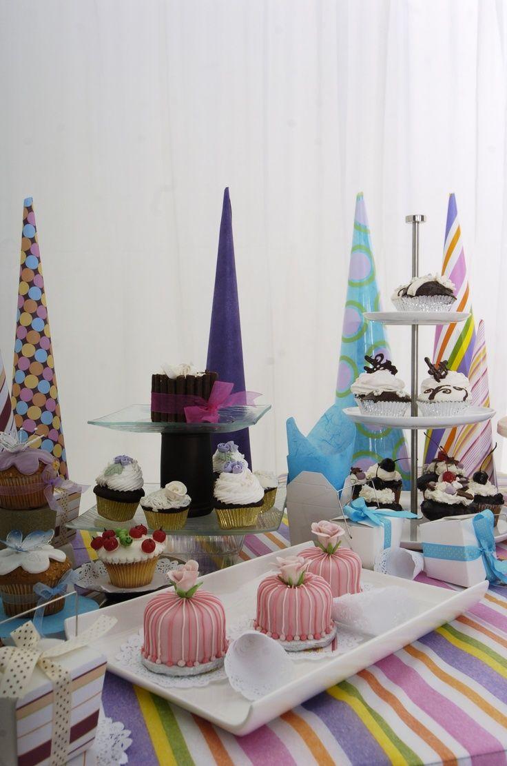33 best mesas de dulces images on pinterest candy - Mesa dulce infantil ...