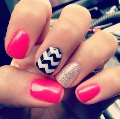 uñas de dos colores