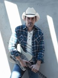 BRAD PAISLEY:  COUNTRY SINGER